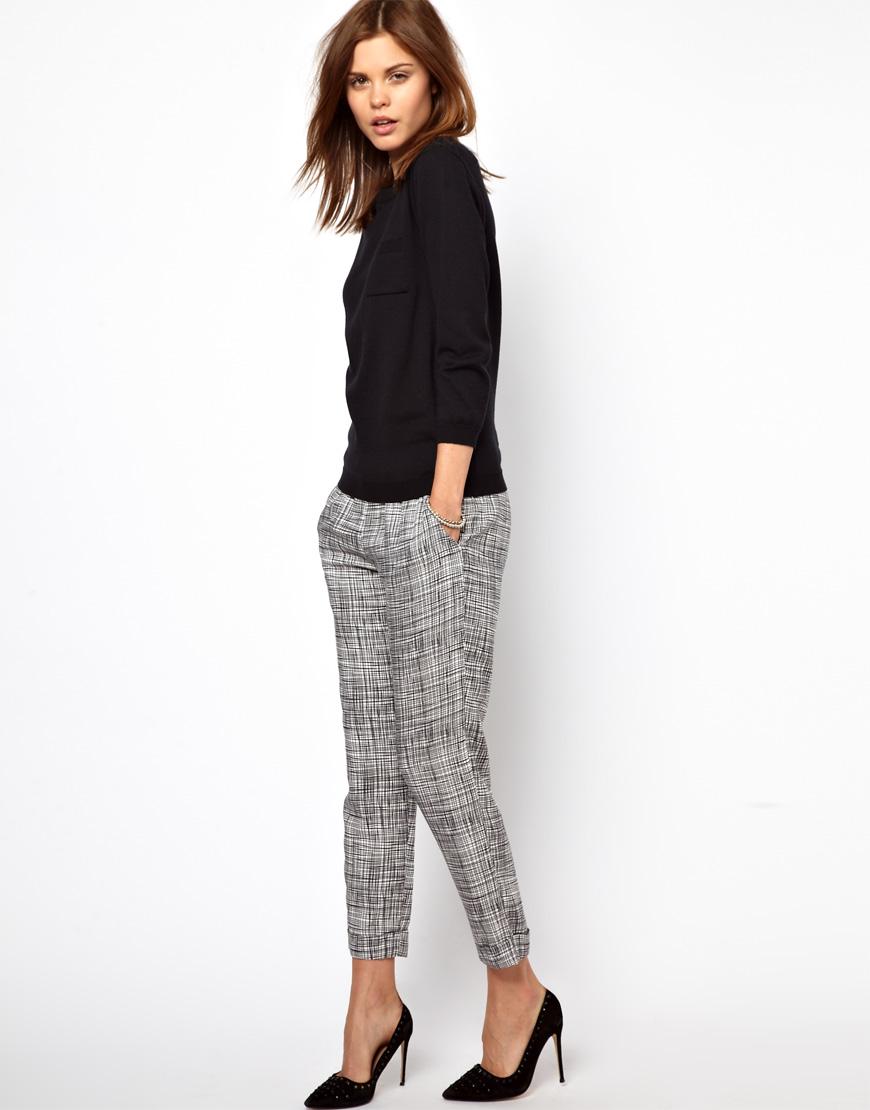 Fashion blog parisian fashion style trousers basics for Pantalon a carreaux